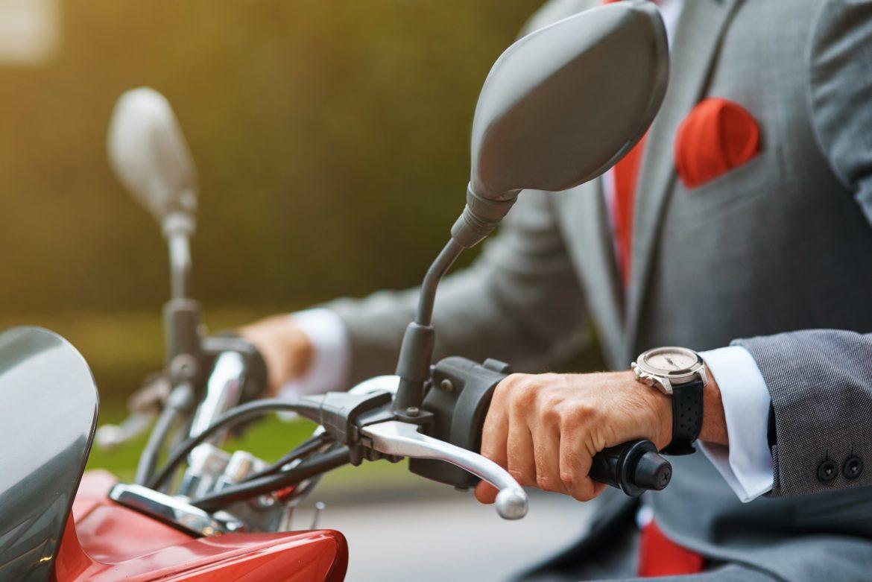 Envie de changer d'assurance moto? C'est le moment.