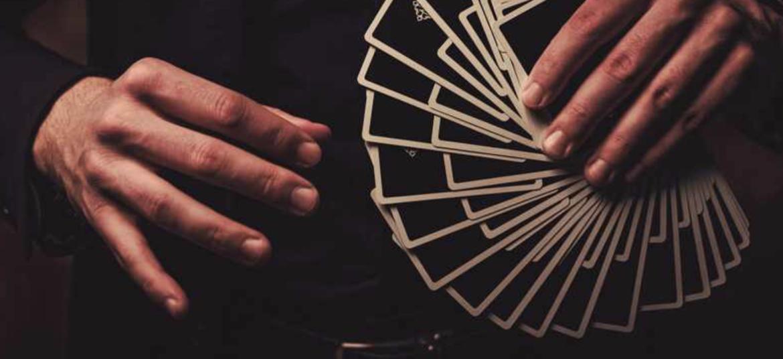 Magiciens à Lyon, mentalistes à Lyon, magicien digital à Lyon – Illusionnistes à Lyon